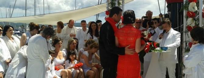 Boda de Amanda y Frederic en un barco en Ibiza