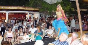 Desfile en las dalias de Ibiza